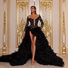 Albina Dyla Haute Couture S/S 2019 Korab Kusari Hamide Lahaj. Prom Girl Dresses, Prom Outfits, Glam Dresses, Event Dresses, Lovely Dresses, Fashion Dresses, Formal Dresses, Dress Prom, Hijab Fashion