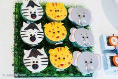 Zoo Themed Birthday Party via Kara's Party Ideas   Kara'sPartyIdeas.com #Zoo #Birthday #Party #Planning #Idea (7)
