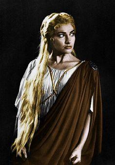 Callas as Norma (447 x 640)