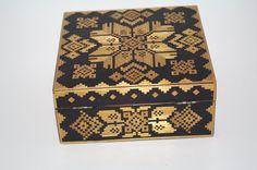 Decorative Square Ukrainian Wood Box Trinket Box Jewelry Box Stars Straw Inlay Straw Marquetry Folk Art Hinged Lacquered Box hand carved box by VintagePolkaShop on Etsy
