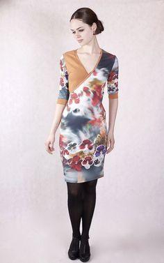 Kleider -  NARA   Geblümtes Wickeloptik Kleid Gr 34/36 - ein Designerstück von Berlinerfashion bei DaWanda
