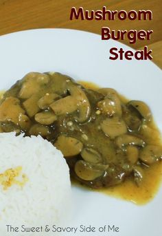 This is my Jollibee's famous Burger Steak copycat. Steak Burger Recipe, Beef Steak Recipes, Steaks, Ube Cupcake Recipe, Steamed Rice Cake, Rice Cakes, Beef Tapa, Beef Lasagne, Filipino Recipes