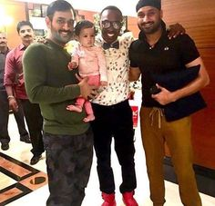 Dhoni with daughter ziva cute