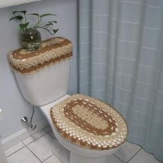 Toilet Seat Cover  Top Tray Set Pattern Crochet Patterns a covers Free crochet and