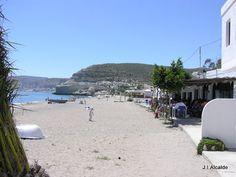 PLAYA DE AGUA AMARGA. http://almeriapedia.wikanda.es/wiki/Playa_de_Agua_Amarga_(N%C3%ADjar)