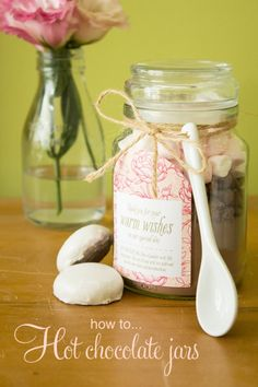 Hot #chocolate jar homemade #gift with free printable label #christmas