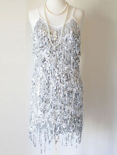 GLAMOUR FLAPPER FRINGE 1920s SILVER GREAT GATSBY CHARLESTON SEQUIN LATIN DRESS S #Shift #Cocktail