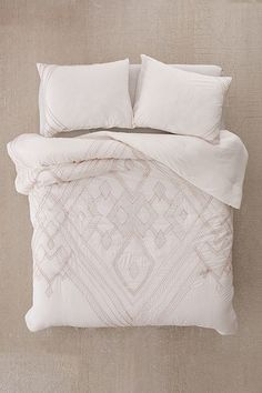 Renee Embroidered Comforter