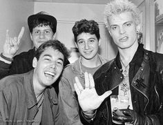 Beastie Boys and Billy Idol - satanic salute