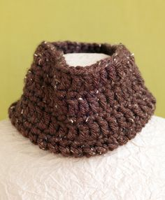 Cocoa Tweed Cowl Pattern (Crochet)