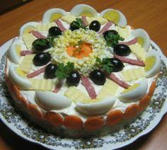 Συνταγές για μικρά και για.....μεγάλα παιδιά: 2 Αλμυρές τούρτες-σαλάτες για το εορταστικό τραπέζι! Greek Recipes, Desert Recipes, My Recipes, Cooking Recipes, Favorite Recipes, The Kitchen Food Network, Food Garnishes, Food Platters, Cold Meals