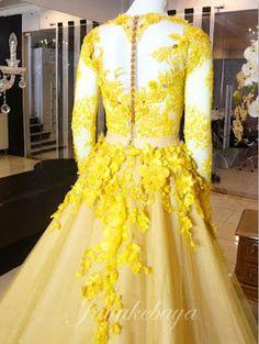 Wedding Kebaya Dress yellow color amazing