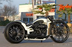 """Harley-Davidson Softail Breakout project with 21 & 26"""" wheels and our new Unbreakable frontend. #Thunderbike #Custom #Motorcycle"""