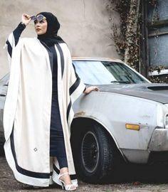 amazing abaya style- Abaya hijab fashion from Dubai www. Arab Fashion, Islamic Fashion, Dubai Fashion, Muslim Fashion, Modest Fashion, Abaya Style, Modest Wear, Modest Outfits, Estilo Abaya