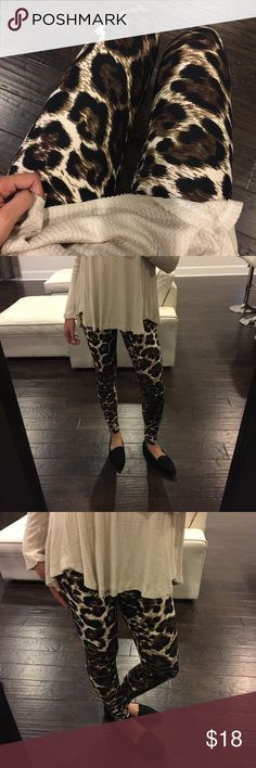 Leopard Knit Leggings Everyone's favorite soft knit opaque high waisted leggings with elastic and at top. One size. Fits small (2) up to a large (up to 14) comfortably. I'm a size 0-2 for reference. Viscosity Pants Leggings