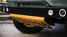 Kahn Design Land Rover Defender 2.4 - Men's Gear