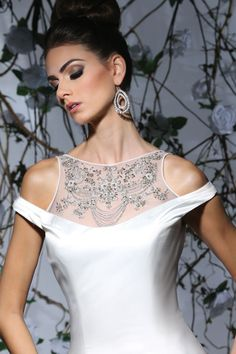 Victor Harper - Designer Bridal Gown - Style VH177 (Close up) jaglady