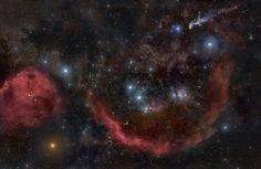 Панорама окрестностей в районе туманности Ориона, сшитая из 32 снимков
