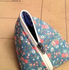 Sewing Hacks, Sewing Tips, Louis Vuitton Damier, Diy And Crafts, Coin Purse, 21st, Purses, Wallet, Chart