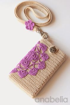 Crochet vintage smartphone cover with neckband by Anabelia
