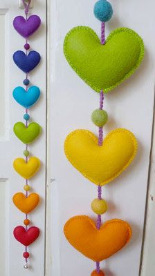 Chakra / Rainbow Heart garland of felt, 75 cm.