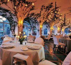 AK beautiful theme for restaurants