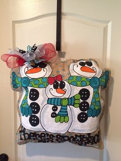Snowman family...there's no place like home burlee hanger
