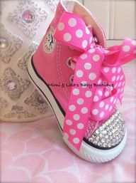 PINK BLING CONVERSE High tops with Swarovski Crystals from Mimi & Lola's Baby Boutique omg these are do adorable for my friend who has a toddler! My Little Girl, My Baby Girl, Baby Girls, 1 Girl, Fashion Kids, Fashion Shoes, Cute Kids, Cute Babies, Bling Converse