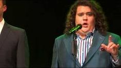"Jonathan Antoine ""Empty Chairs at Empty Tables"" - Piano Robert Emery - YouTube"
