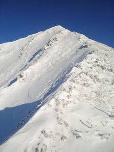 北海道 ニペソツ山は細い尾根を登る