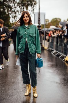 The Best Street Style Looks From Paris Fashion Week Spring 2020 Spring Street Style, Street Style Looks, Street Style Women, Street Styles, Cool Street Fashion, Street Chic, Street Wear, Milan Fashion Weeks, Paris Fashion
