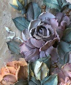 "356 отметок «Нравится», 3 комментариев — 👑""گالری رویای حقیقی""👑 (@gallery_real.dream) в Instagram 3d Art Painting, Sculpture Painting, Texture Painting, Felt Flower Pillow, Royal Icing Decorations, Decoupage Art, Knife Art, Love Rose, Felt Flowers"