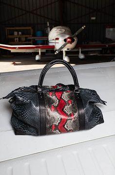 Claris Virot - Sacs, chaussures et accessoires en python véritable. - Claris Virot