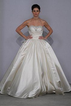 Bridal Gowns: Pnina Tornai Princess/Ball Gown Wedding Dress with Sweetheart Neckline and Natural Waist Waistline