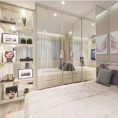 ideas closet pequeno organizacao for 2019 Dream Bedroom, Home Bedroom, Bedroom Decor, Bedroom Wardrobe, Bedroom Inspo, Wardrobe Doors, Room Interior, Interior Design, Suites