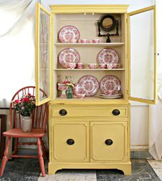 Heir and Space: A Vintage Hutch in Sunny Yellow Loft Furniture, Furniture Makeover, Painted Furniture, Vintage Furniture, Painted China Cabinets, Painted Hutch, Red Hutch, Vintage Hutch, Yellow Cabinets