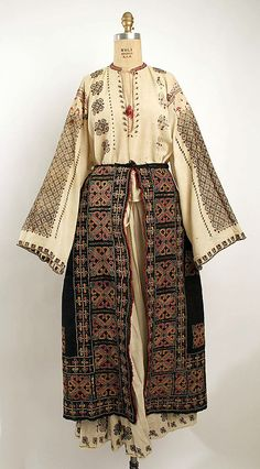 Ensemble Date: 19th century Culture: Romanian #dollykei #bohemian