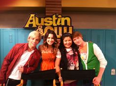 which is the best tv show austin and ally or icarly plscomment Best Tv Shows, Best Shows Ever, Favorite Tv Shows, Disney Channel Shows, Disney Shows, Austin E Ally, Raini Rodriguez, Teen Beach, Movies