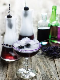 Black Witch Cocktail – Best Cheap Halloween Holiday Party Food & Drink Menu Idea - HoliCoffee (3)