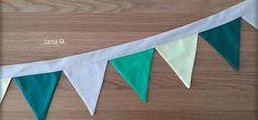 Vlajková girlanda / Flag garland - free pattern Flag Garland, Free Pattern, Tapestry, Home Decor, Hanging Tapestry, Tapestries, Decoration Home, Room Decor, Sewing Patterns Free