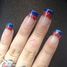 fingernails designs for July 4th