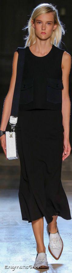 Victoria Beckham Spring Summer 2015 Ready-To-Wear