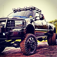 Ford 350 with spike rims powerstroke diesel