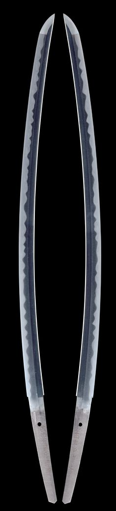 Fabulous sword this is what they all should look like!!