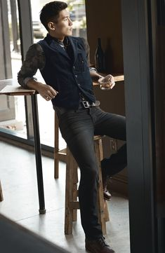 Joe's 'Brixton' Slim Fit Jeans (Claude)