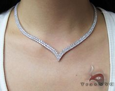 V Shaped Choker Diamond Ladies Necklace - oh my god. Bridal Necklace, Wedding Jewelry, Fashion Necklace, Fashion Jewelry, Diamond Necklace Set, Diamond Jewellery, Diamond Choker, Fantasy Jewelry, Simple Necklace