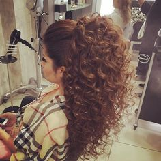 hairstyles chin length hairstyles for grade hairstyles for over hairstyles with rubber bands hairstyles hairstyles with bangs 2019 hairstyles for 9 year olds nikki hairstyles Layered Curly Haircuts, Curly Hair Cuts, Curly Hair Styles, Thin Hair, Quinceanera Hairstyles, Wedding Hairstyles, Heart Shaped Face Hairstyles, Poofy Hair, Pageant Hair