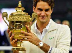 parliamo anche di tennis, questo è roger federer, un giocatore di tenniss molto talentuoso
