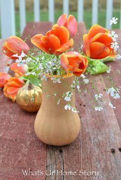 Fall floral arrangements with butternut squash-butternut squash centerpiece