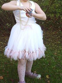 LillyTyll: Tyllkjol - En fin present till en liten prinsessa!